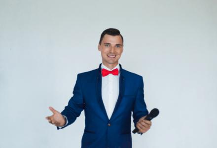 Ведущий на свадьбу в СПБ Андрей Орлов